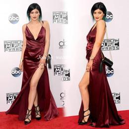 Сексуальная музыка Онлайн-2017 American Music Awards Дженнер Вечернее платье Sexy V шеи Спагетти ремень Backless Платья Бургундия Высокая щелевая Red Carpet WL349