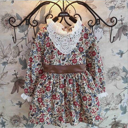 Spring New Collection Western Style Vintage Royal Carved-Pattern Lace Collar Shivering Children Dresses Long Sleeved Waist-Shaped Dress