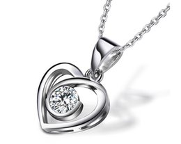 Wholesale 2 ct Pear Shape Ct synthetic Diamond Pendant white gold plated Pt950 Necklace for wedding pendant for women