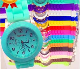 Wholesale Fashion Shadow Rose Gold Colored Style Geneva Watch Rubber Silicon Candy Jelly Fashion Men Wamen Silicone Quartz Watche