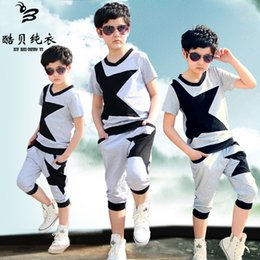 Wholesale The new boy from to cotton knitted splicing printing design of t shirts knitted haroun pants suit for points