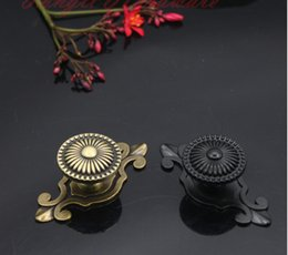Wholesale Antique copper black and bronze vintage single door knob furniture hardware cabinet handle kitchen drawer pull wardrobe handle accessory