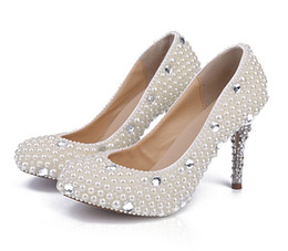 Comfort Kitten Heel Pearls Beaded Wedding Bridal Shoes Formal Lady Prom Party Sandals Crystal Luxury Bridal Shoes