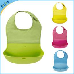 Wholesale new silicone baby bibs infant feeding baby kid bib washable bib waterproof slabber dribble plastic bibs