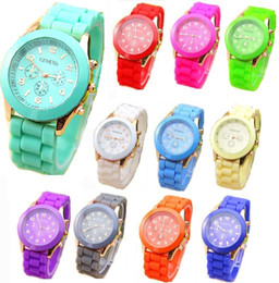 Wholesale Top fashion mens and woman watches geneva watch rubber candy jelly unisex silicone quartz wrist watches a797