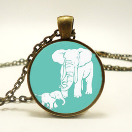 Wholesale 10pcs Mothers Day Gift Idea Gifts For Mom Mom And Baby Elephant Necklace Glass Cabochon Necklace