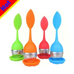 VIP Seller Tea Infuser Leaf Strainer Handle with Steel Ball Silicone leaf Lid Green Products
