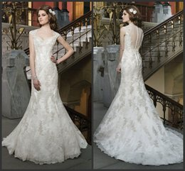 Wholesale KR Trumpet Wedding Dresses Justin Alexander Mermaid Bridal Gowns Queen Anne Neckline Vintage Beaded Lace Appliques Covered Button