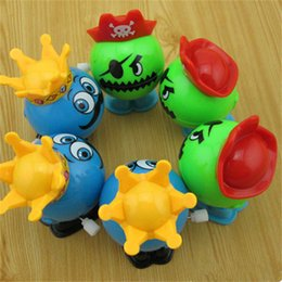 Wholesale 5pcs Lovely Movement Plastic Tricky little bite pirate jump Cute Wind up Toys On chain for child s Best Christmas gifts and boy