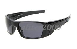 New Fashion Men Women Brand Outdoor sports Fuel cell Eyewear Classic Sun Glasses Dazzle colour glasses Black-rimmed gray Resin lenses