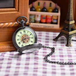 Wholesale Fashion Classic Roman Unisex Antique Models Vine Roman Numerals Display Pocket Watch Black Case Mechanical Pocket Watch