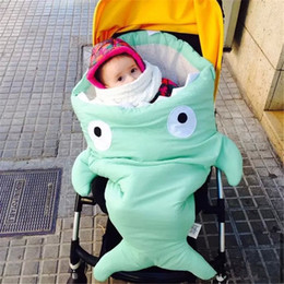 Wholesale Best Top Quality Shark Sleeping Bag Newborns Bags Winter Strollers Bed Swaddle Blanket Wrap Cute Bedding Baby Sleeping Bag
