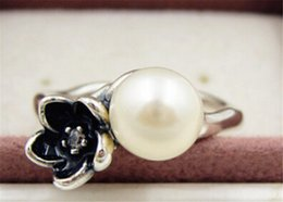Fashion Jewelry Ring Women Ring European Style High-quality 100% 925 Sterling Silver Flower Ring with Pearl and Clear CZ