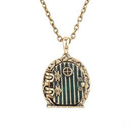 Wholesale the hobbit necklace door locket vintage retro antique gold pendant movie jewelry for men and women