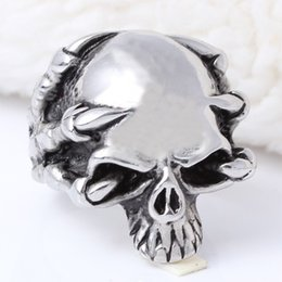 Drop Ship 2015 Fashion Ring Stainless Steel Rings For Man Big Tripple Skull Ring Punk Biker Jewelry