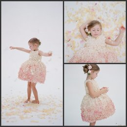 Wholesale 2016 Vintage Flowergirl Dresses Floral Girl Party Dress Knee Length Pageant Dress First Communion Gowns Vestido Birthday Gown Best Selling S