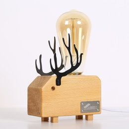 Europe Wood High quality beech small night light,fashion lovely deer design,Modem Personality wooden Bedroom table light
