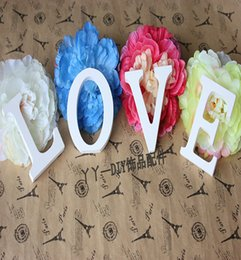 8CMX1.2CM Wooden Pure White Standing 26 Alphabet Letters With Wall Hanging For Wedding Decorations And Shooting Props 3D English Modern Lett
