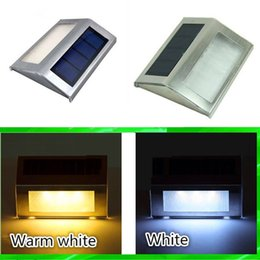 Wholesale Solar Power LED Light Waterproof Outdoor Garden Pathway Stairs Projecting Landscape Lawn Lamp Automatically Rechargeable Emergency Light