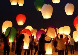 Wholesale Vente Chaude Des Lanternes de ciel qui souhaitent Lanterne Lotus Lampe Chinoise Kongming Lanterne Souhaitant une Lampe Avec de Carburant