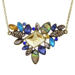 Wholesale Fashion Colorful Rhinestone Boho Necklace for Women Antique Gold Plated Vintage Nature Stone Necklace