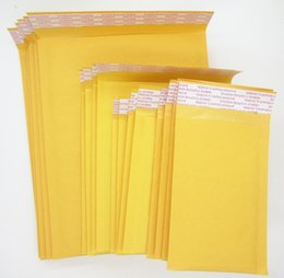 Burbuja de papel kraft en Línea-Al por mayor-100 Pequeño Kraft aire sobre de la burbuja sobres rellenados Mailer 9 * 13cm de oro de color amarillo de papel Kraft de Bubble Wrap Sobres Bolsa