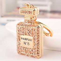 Wholesale Fashion Rhinestone Perfume Bottle Keychain creative novelty key chain holder women bag car keyrings Accessories Souvenir gifts