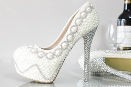 Perles de diamant hauts talons à vendre-2017 Chaussures de mariée à la mode à la mode et à la mode à la mode Chaussures de mariage avec des chaussures de mariée en diamant Chaussures de bal de fête Chaussures à chaussures hautes talons de 10 à 11 cm