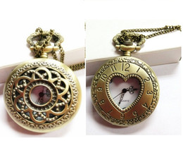 Wholesale New Mini Retro Vine classical Pocket Watch Bronze Steampunk Quartz Necklace Pendant Chain Wactches Clock Floral Hollow watches