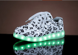 Led Luminous Shoes 2017 Fashion Unisex Sneaker For Women & Men LED Lights up USB Charging Shoe Adult Led Sneakers