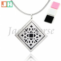 New arrival fashion Essential Oil Diffuser Perfume Locket pendant Necklace 30mm Aromatherapy stainless steel magnet square locket