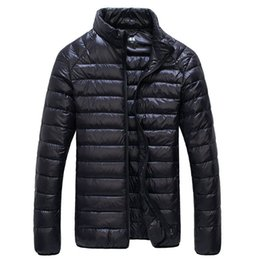 Wholesale Hot Sale Men White Duck Down Jacket Fashion Casual Sports Ultra Light Thermal Travel Pocketable Portable Thin Down Coats Outerwear
