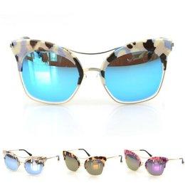 Descuento gafas de diseño fresco 6 colores manchan los vidrios Eyewear 2015 del marco de la manera de la vendimia de la nueva mujeres frescas de los hombres de las gafas de sol del verano de la marca de fábrica diseñador oculos de sol