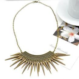 Retro Bohemia Collar Necklace Women Rivet Spike Tassel Pendant Short Necklace women fashion jewel necklace FYSS0238W