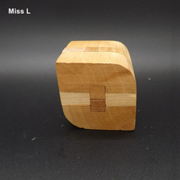 Chinese Wisdom Unlock Intelligence Game Wooden Toys Leaf Kong Ming Lock Educational Gift Educational Prop Teaching Toy Gift