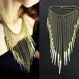 Brand Punk Rivet Necklace Spikes Statement necklace for women Alloy Vintage Necklaces & pendants Fashion jewelry Rivets Tassel Necklaces