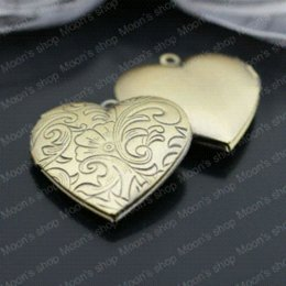 Wholesale 26876 Fashion Jewelry Findings Accessories Vintage charm pendant Copper Antique Bronze brushed MM Photo box Spray heart box pump