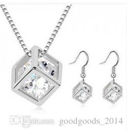 Wholesale New fashion Cube Zircon Jewelry Set necklace and a pair of earrings Happy Cube jewelry z058