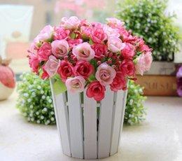 Vente Hot Artificial Roses en plastique pour la maison et décoration de mariage Flower Heads Embrasser Balles pour le diamètre Weddings Multi Color à partir de roses en plastique pour la vente fabricateur