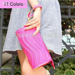Sacs à main de jour à bas prix en Ligne-Gros-2015 Promotion Mode Bonbons Couleur Lady cuir PU Day embrayages à vendre bon marché Femmes porte-monnaie sac à main blanc Sacoche