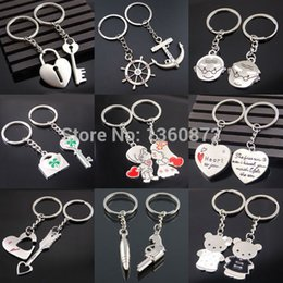 Wholesale One Pair New Couple I LOVE YOU Heart Keychain Ring Keyring Key Chain Lover Romantic Creative Birthday Gift chaveiros FC400