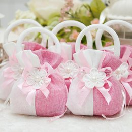 Wholesale Wedding Favor Candy Hand Basket Bags Gift Brocade Liene Flower For Wedding Favours Table Decoration Supplies Baby Full Moon Candy Bags Gift
