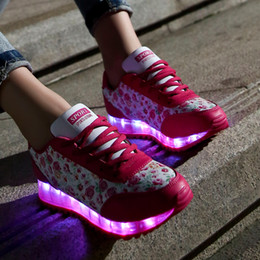 Wholesale Luminous shoes USB charging fluorescent LED flash colour with lamp broken beautiful shoes sneakers shoes light shoes