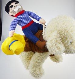 Большие костюмы для собак Онлайн-Красивый ковбой езда Лошадь Собака Костюм Новинка Смешные Halloween Party домашних собак костюм Большой Одежда для собак Ковбой собак Одежда