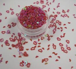 10 g de copos de lentejuelas rojo corazón-Comercio al por mayor de 4 mm para el hogar decortation / costura / decoración de boda con confeti 043006005 (3) desde escama de lentejuelas fabricantes