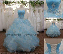 2019 Quinceanera Dresses White and Light Sky Blue Organza Ball Gown Prom Gowns Floor Length Tiered Skirt Lace Up Back Appliques Bead Bodice