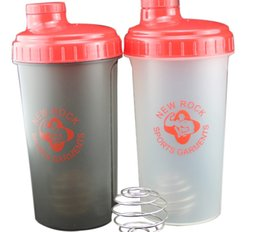 Wholesale Protein shaker blender bottle with wire whisk BPA free Logo printing ml oz
