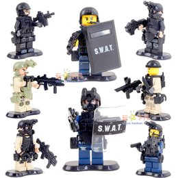 Wholesale High Quality SWAT Special Weapons And Tactics Weapons Soldiers Mini Figure Building Blocks toy Christmas Gift Free Ship