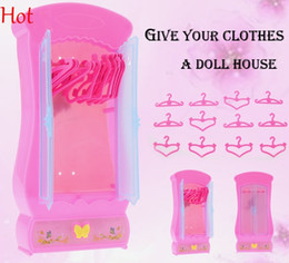 Top Hot Doll Closet Kids Baby Girls Cute Lovely Mini Toy Wardrobe Furniture Closet for Barbie Dolls With 12pcs Clothes Hangers Pink SV016781