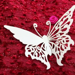 60X Free Shipping Hot Sale Hollow Wedding Party Decorations Laser Cutting Wine Glasses Place Seat Name Cards Butterfly Paper Table Decor